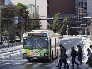"""上58系統で運行中のいすゞエルガ[春日駅前] / ISUZU """"ERGA"""" of Toei bus [Kasuga station]"""