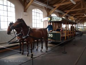 20090926_171736プラハ市バス(チェコ・プラハ_公共交通博物館)_small