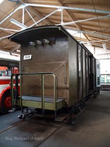 20090926_173513プラハ市バス(チェコ・プラハ_公共交通博物館)_small