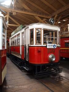 20090926_173744プラハ市バス(チェコ・プラハ_公共交通博物館)_small