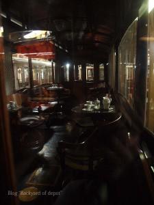 20090926_175336プラハ市バス(チェコ・プラハ_公共交通博物館)_small