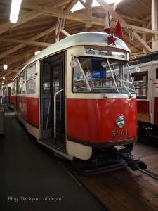 20090926_181702プラハ市バス(チェコ・プラハ_公共交通博物館)_small