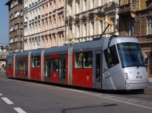 Výstaviště(ヴィスタヴィシチェ)付近を走る14T / 14T tramcar runs near Výstaviště.