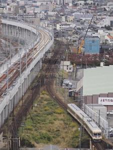 最初とは異なるヘッドマークを付けてきた、10020型の撮影用臨時列車(2往復目)。